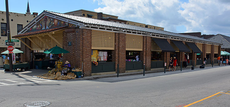 The exterior of The City Market in Charleston, SC