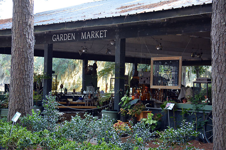 The garden market at Middleton Place Plantation in Charleston, SC